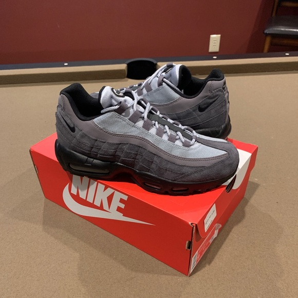 Nike Air Max 95 Anthracite AT9865-008 size 9 NEW